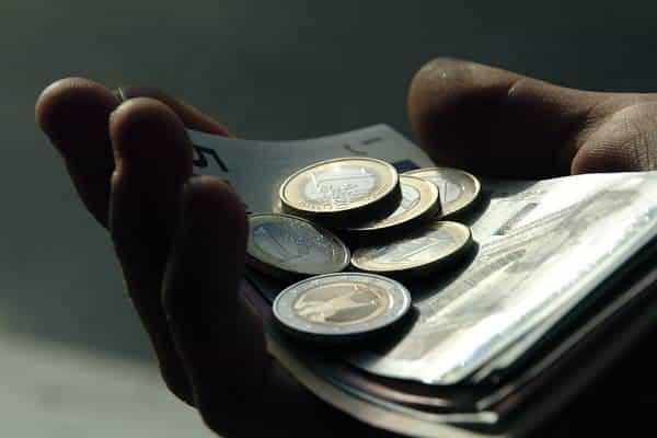 Se nam obetajo spremembe pri izvršbi na minimalno plačo? 1