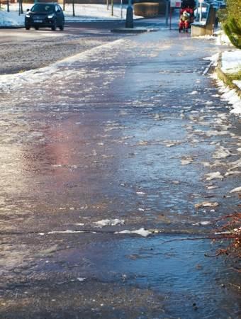 odškodnina padec na ledu
